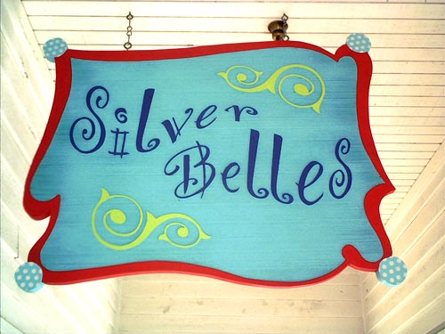 sandblasted-signs-southern-belles-small
